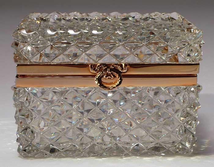 Boites coffrets cristal boite a bijoux en cristal for Malle decoration maison
